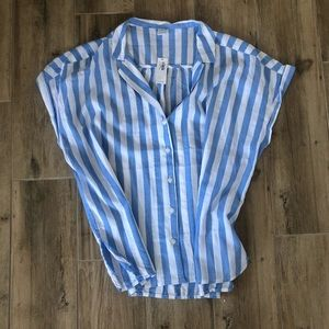 Old Navy Tops - Brand new shirt sleeves boxy top
